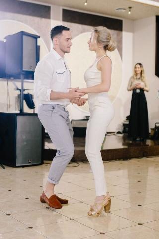 Svadba Evgenii I Romana. Tanec